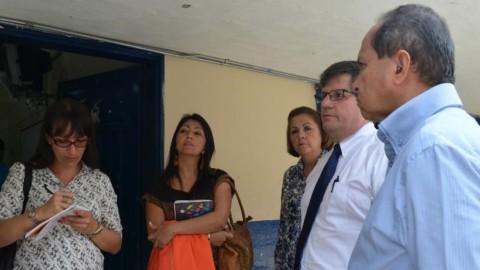 Visita de Julio Fontán a la I.E. Isolda Echavarría