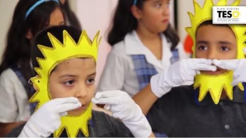 Los estudiantes de la I.E Luis Carlos Galán no sólo cantan con la XO, también cantan con sus manos