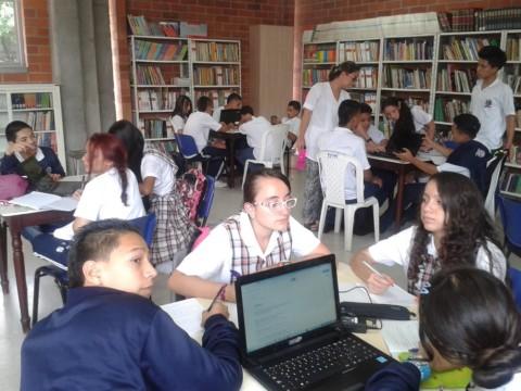 Estudiantes más comprometidos gracias al  uso de las TIC