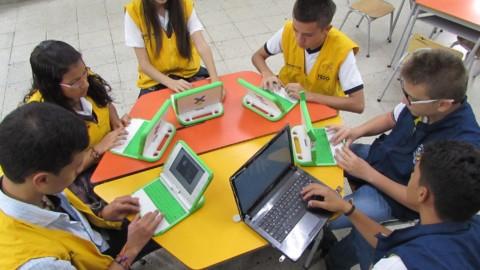 Monitores de la Orestes comparten su conocimiento sobre las TIC