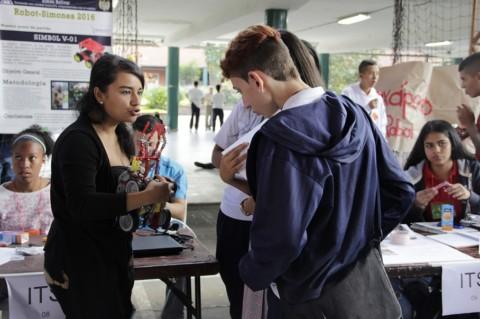 Feria Municipal de ciencia y tecnología en Itagüí.