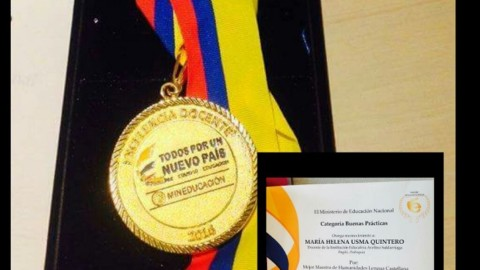 Galardonadas docentes de Itagüí en la Noche de la Excelencia